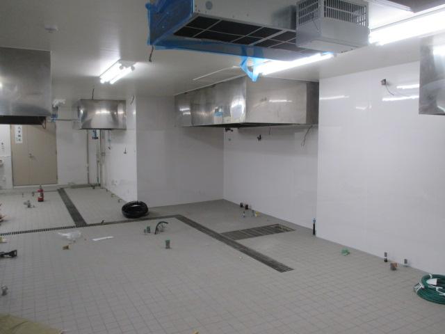 4月6日 厨房改修工事は順調に進んでおります